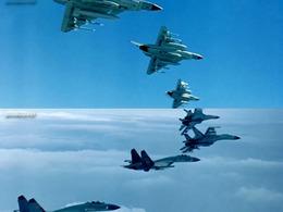 各国战机肆无忌惮强闯南海 中共疾呼加快填礁造陆