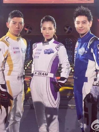 刘涛被誉内地赛车女王