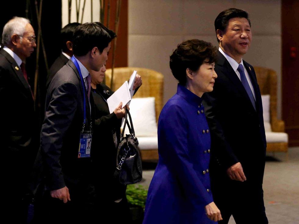 中国军方警告韩:萨德落地 一大项目破产