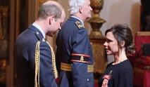 维多利亚获威廉王子颁授OBE勋章[图集]