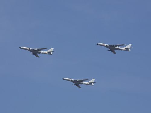 轰炸机绕台宫古海峡 大陆称习惯就好