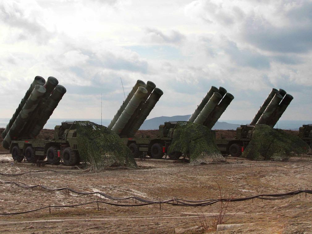 俄专家:美国对中国军方的制裁是贸易战的延续